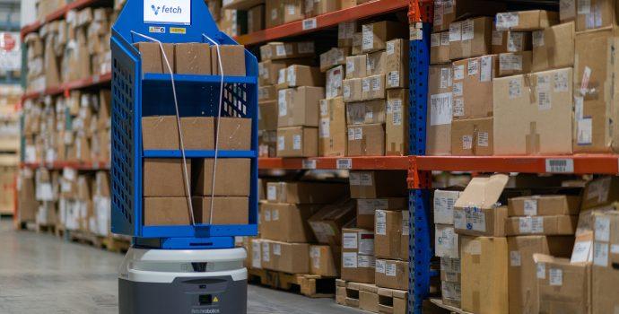 物流ロボットによる自動商品搬送